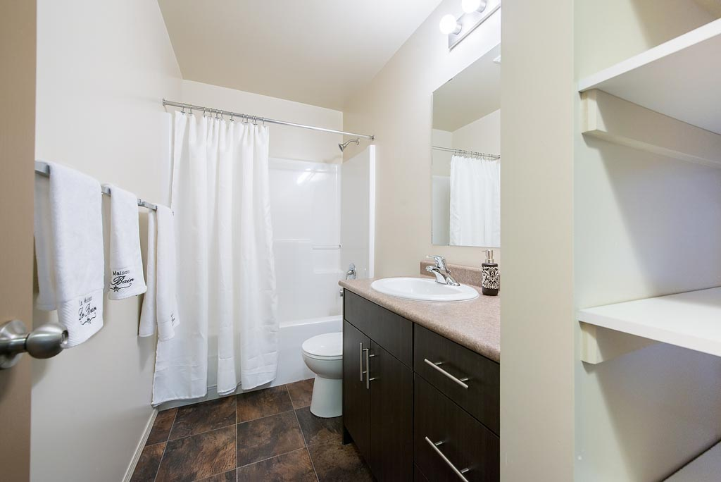 Apartment in South Edmonton - Tamarack Gardens